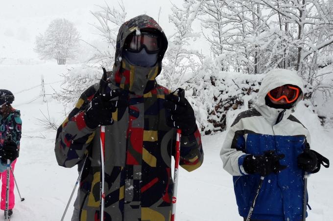 Les jeunes et l'équipe d'animation de la Maison Alésia jeunes racontent leur camp ski